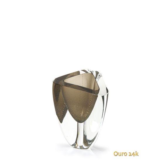vaso-triangular-n-4-fume-com-ouro