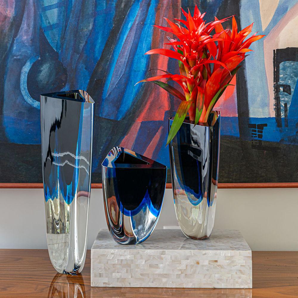 Vaso Triangular nº 3 Bicolor Preto com Água-marinha Murano Cristais Cadoro