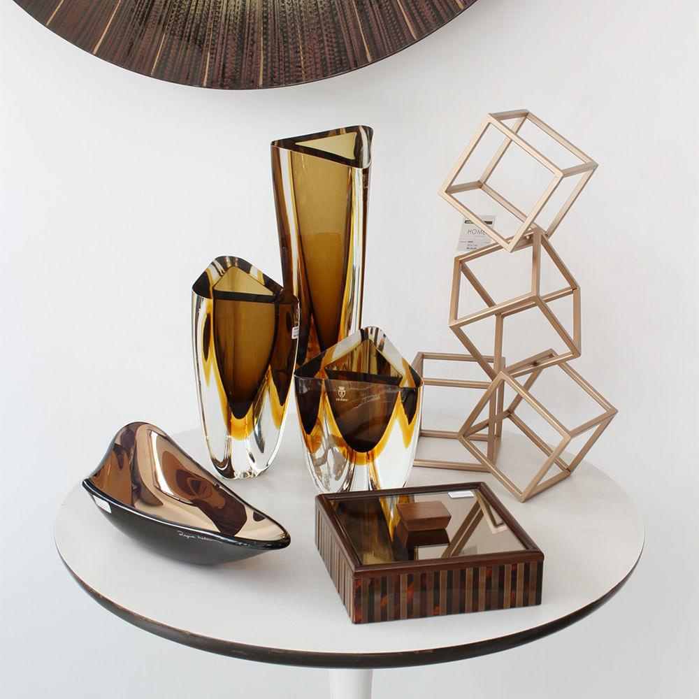 Vaso Triangular nº 3 Bicolor Fumê com Âmbar Murano Cristais Cadoro